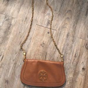 Brown Tory Burch Britten chain leather clutch
